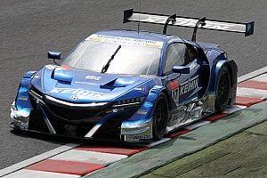 【スーパーGT】鈴鹿決勝:折り返しを過ぎ、17号車KEIHIN首位快走