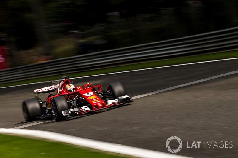 Räikkönen önként segített Vettelnek - a csapat és a német is köszöni