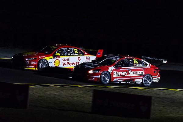 Supercars uji coba balap malam di tes Sydney