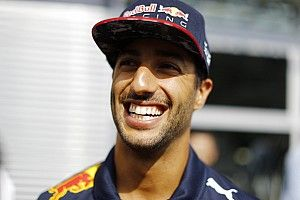 """Ricciardo: """"Verstappen elnézést kért"""""""
