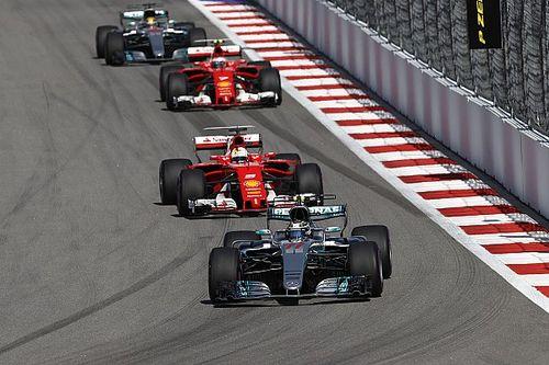 Очень быстрый год: как Mercedes и Ferrari переписывали историю трасс