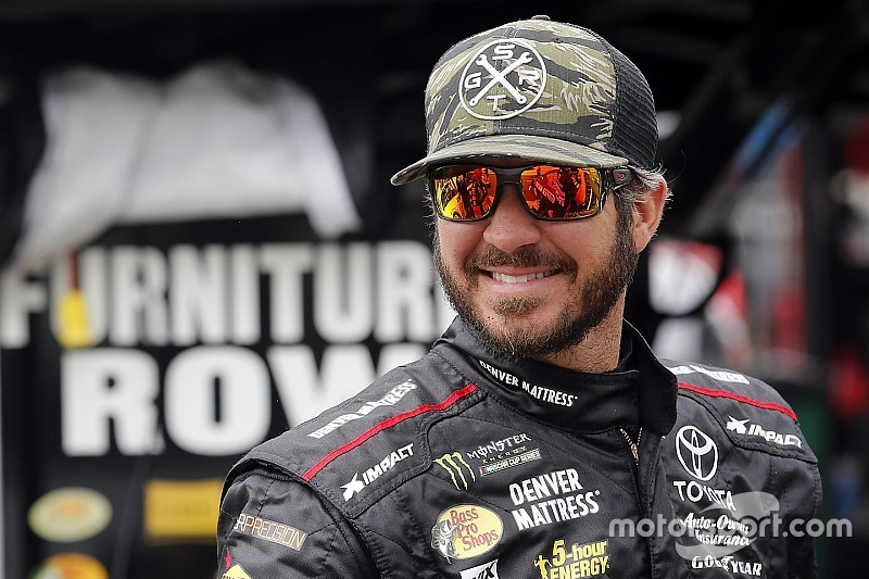 Furniture Row domina en la primera de Richmond