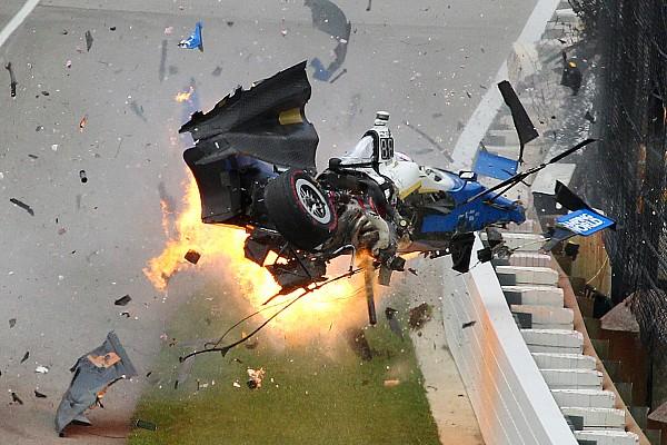 IndyCar La historia de las fotos del salvaje accidente de Dixon en Indy