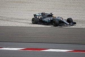 Mercedes, con problemas en Malasia