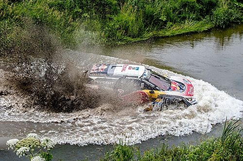 Silk Way Rally: Sébastien Loeb pulls clear