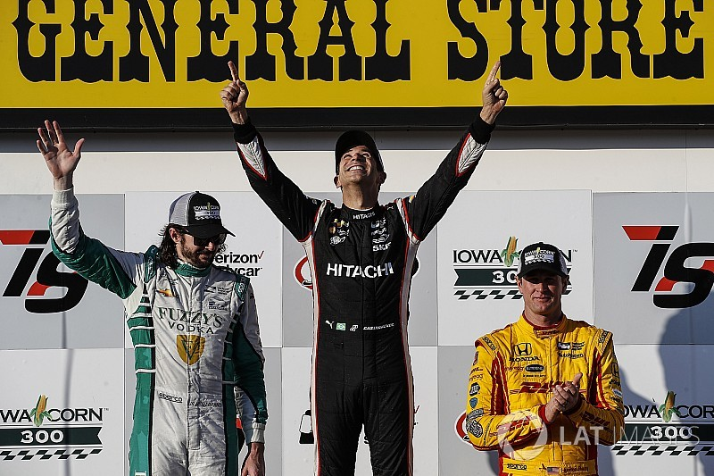 Iowa IndyCar: Perfect Castroneves scores first win in three years