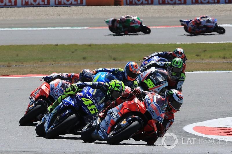 """L'impact avec Rossi, """"un moment très effrayant"""" pour Lorenzo"""