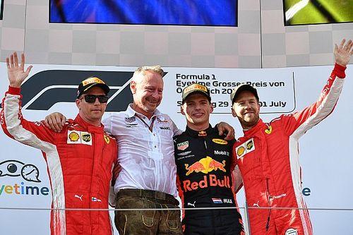 Verstappen gana y los Mercedes abandonan en Austria