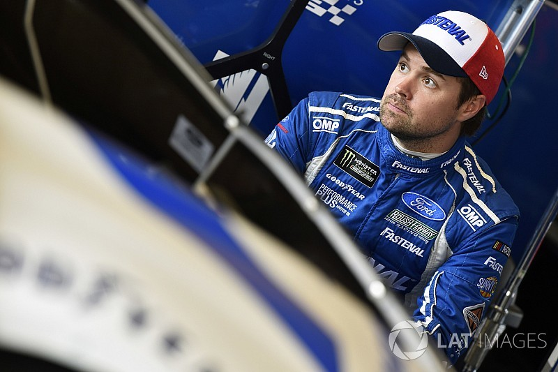 "Stenhouse: ""Tough conversations"" held on Roush team performance"