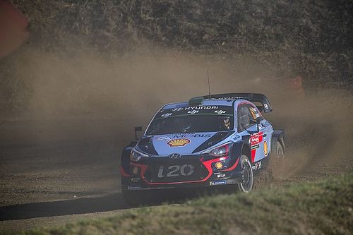 WRC-Rallye Portugal: Paddon nach Unfall im Krankenhaus
