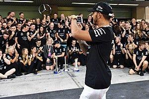 """Hamilton: """"2018 no será mi último año con Mercedes, renovaré"""""""