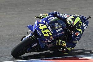 Rossi asegura que Márquez es más rápido que todos
