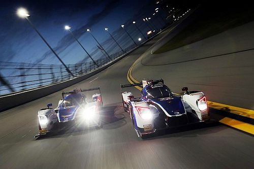 Roar test #5: Nasr quickest as Alonso turns first night laps