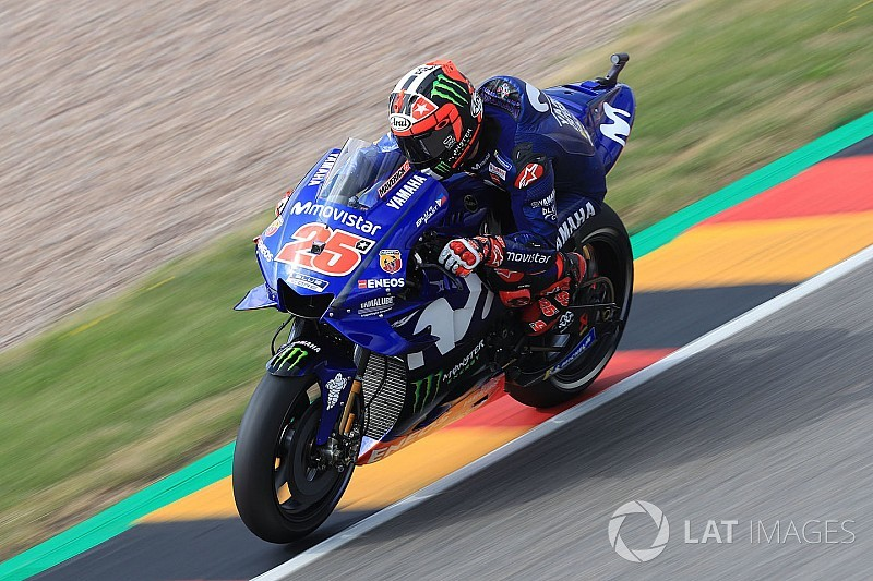 "Yamaha power delivery still too ""brutal"" - Vinales"