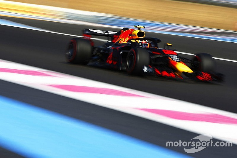 """Red Bull : Mercedes ? """"C'est leur course"""""""