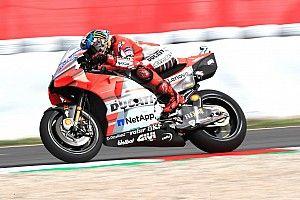 Barcelona MotoGP: Lorenzo ikinci antrenmanın lideri, Marquez kaza yaptı