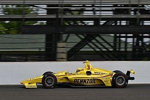 Indy 500: Penske-rijders aan kop na eerste trainingsdag