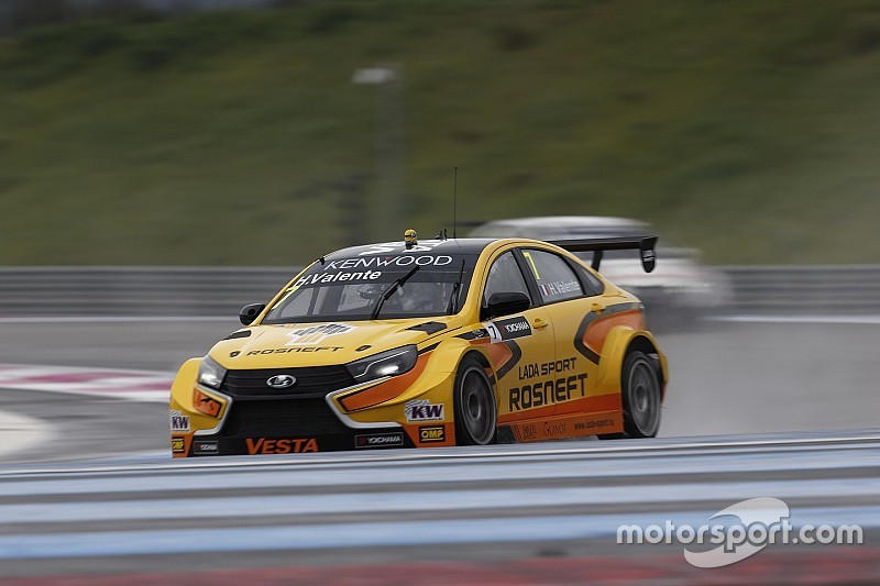 Valente inherits opening race pole after Bjork's exclusion