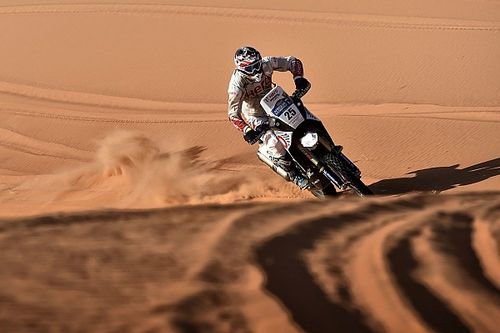 Merzouga Bikes, Stage 3: Rodrigues in top 10 as Svitko leads after desert storm hit