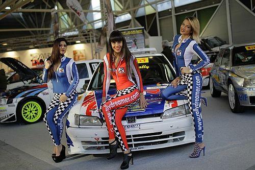 Fotogallery: ecco un'altra carrellata delle ragazze del Motor Show