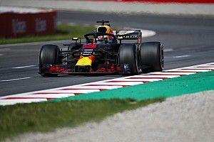 Ricciardo kikapott Verstappentől, de megint övé lett a leggyorsabb kör
