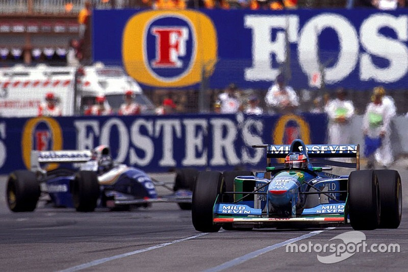 Un día como hoy, Schumacher ganaba su controvertido primer título