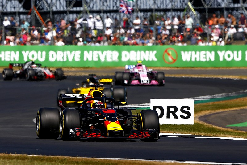 "Ricciardo: ""Pechvol einde van de triple-header is klote"""