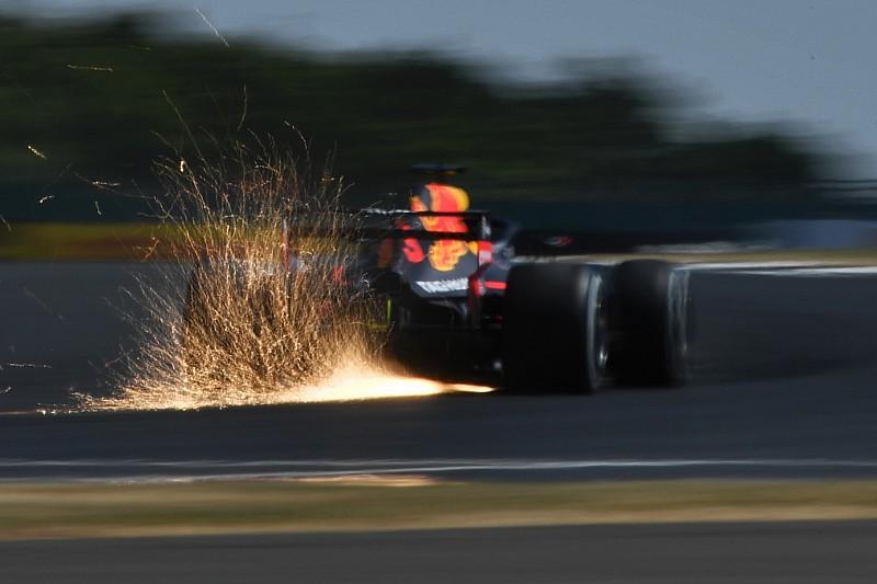 Le Red Bull soffrono e a Ricciardo si rompe il DRS: