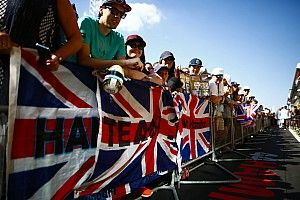 Egy fantasztikus nap a Forma-1-ben: képgaléria csütörtökről - Silverstone