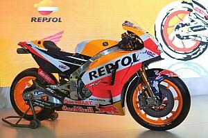 Галерея: Маркес і Довіціозо представили Honda RC213V MotoGP