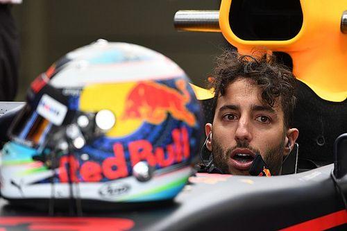 """Estou """"confuso, irritado, desamparado"""", diz Ricciardo"""