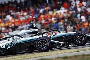 Главные моменты сезона Ф1 в фотографиях: Mercedes