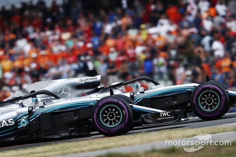 В Mercedes объяснили, почему запретили Боттасу атаковать Хэмилтона
