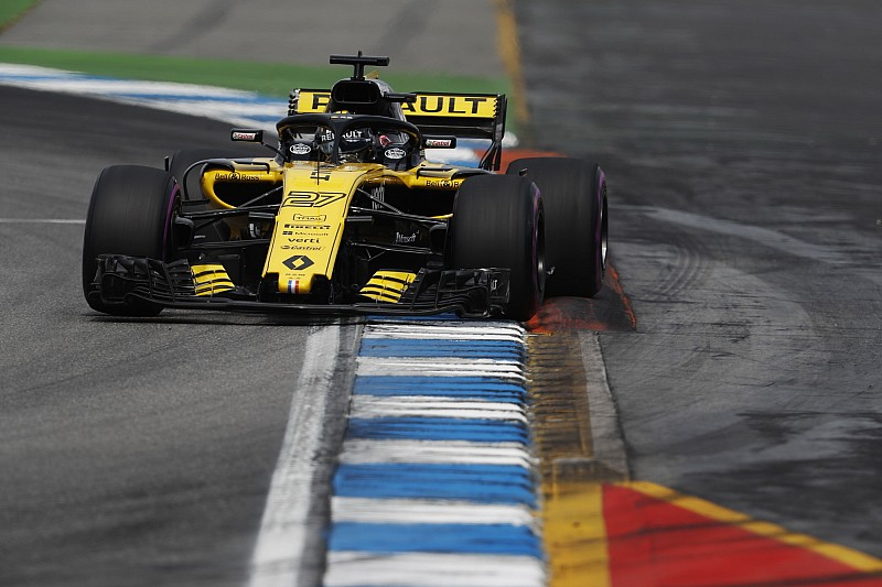 Hulkenberg celebra melhor resultado pela Renault
