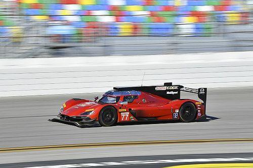 24 uurDaytona: Mazda TeamJoestrapste in eerste training, teamgenoot Alonso crasht