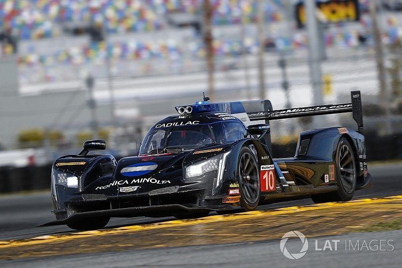"""24 Ore di Daytona: van der Zande """"ruba"""" la pole a Castroneves"""
