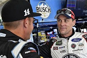 "Kevin Harvick: Clint Bowyer's tire gamble ""paid off pretty good"""