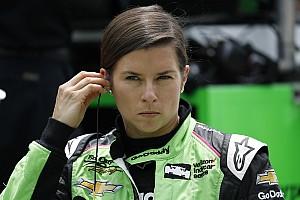 IndyCar Réactions Danica Patrick conclut sa carrière par un accident à l'Indy 500