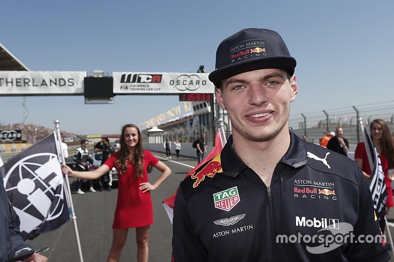 A Toro Rosso szerint Verstappen fantasztikus munkát végez