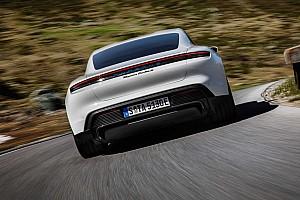 Porsche: az autóeladás már nem elegendő a túléléshez