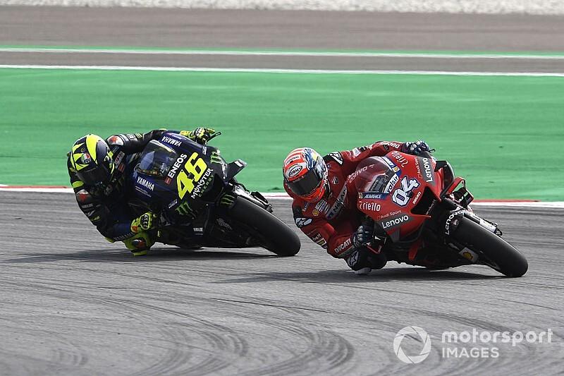 Dovizioso-Rossi, bagarre fair-play pour un podium
