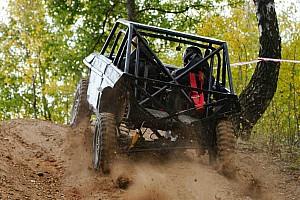 Motor1.ru: тест-драйв экстремальной «Нивы» для джип-триала