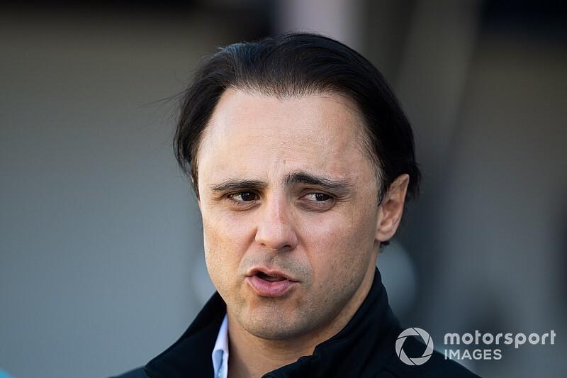 "Massa: ""Ferrari, Vettel'i takımda tutmalı"""