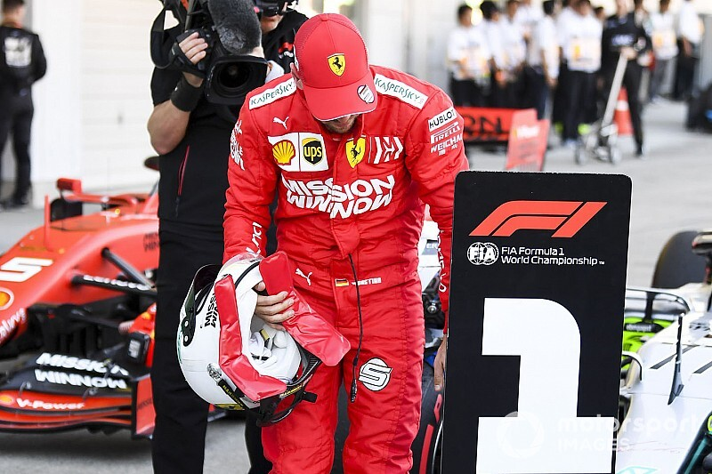 Vettel detetive: Alemão espiona carro da Mercedes no GP do Japão