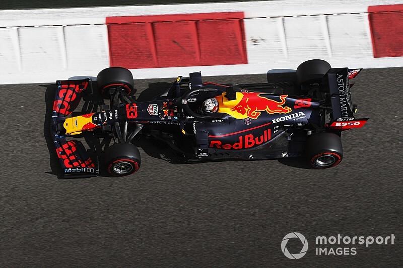 Verstappen begint laatste F1-weekend met tweede tijd, Bottas snelste