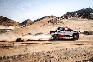 Alonso scores first podium finish in Dakar build-up event