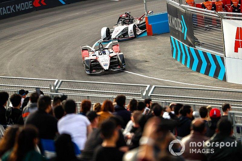 """Carey : La FormuleE, une """"fête de rue"""" qui ne menace pas la F1"""