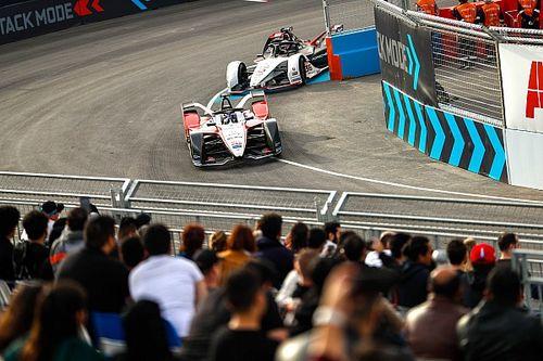 """Chefe da F1 diz que Fórmula E é uma """"festa de rua"""" que não ameaça categoria"""