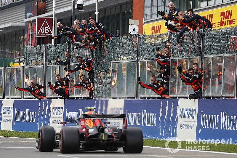 Kvyat: Alabanzas por el debut de Albon en Red Bull son exageradas