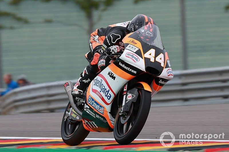 Brno Moto3: Canet takes points lead with win